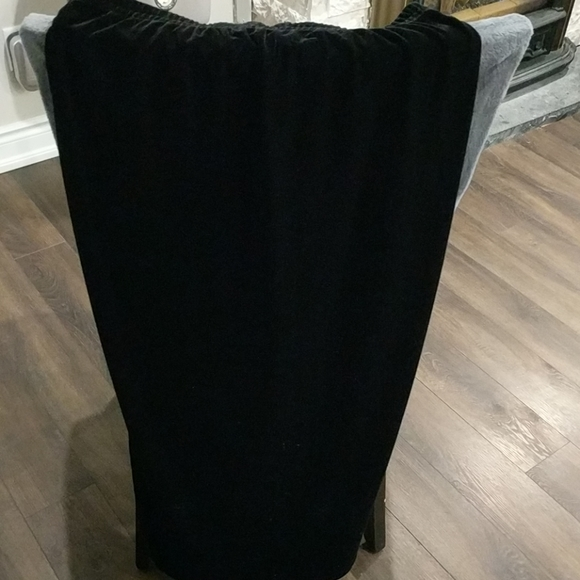 🔥 2 for $20 Pull on JNY velour long skirt